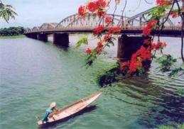 Tour du lịch Sài Gòn - Đà Nẵng - Huế - Hà Nội